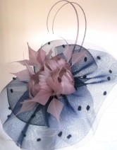 5c555586 Snoxell Gwyther - Fascinator (Navy/blush) - Fascinators