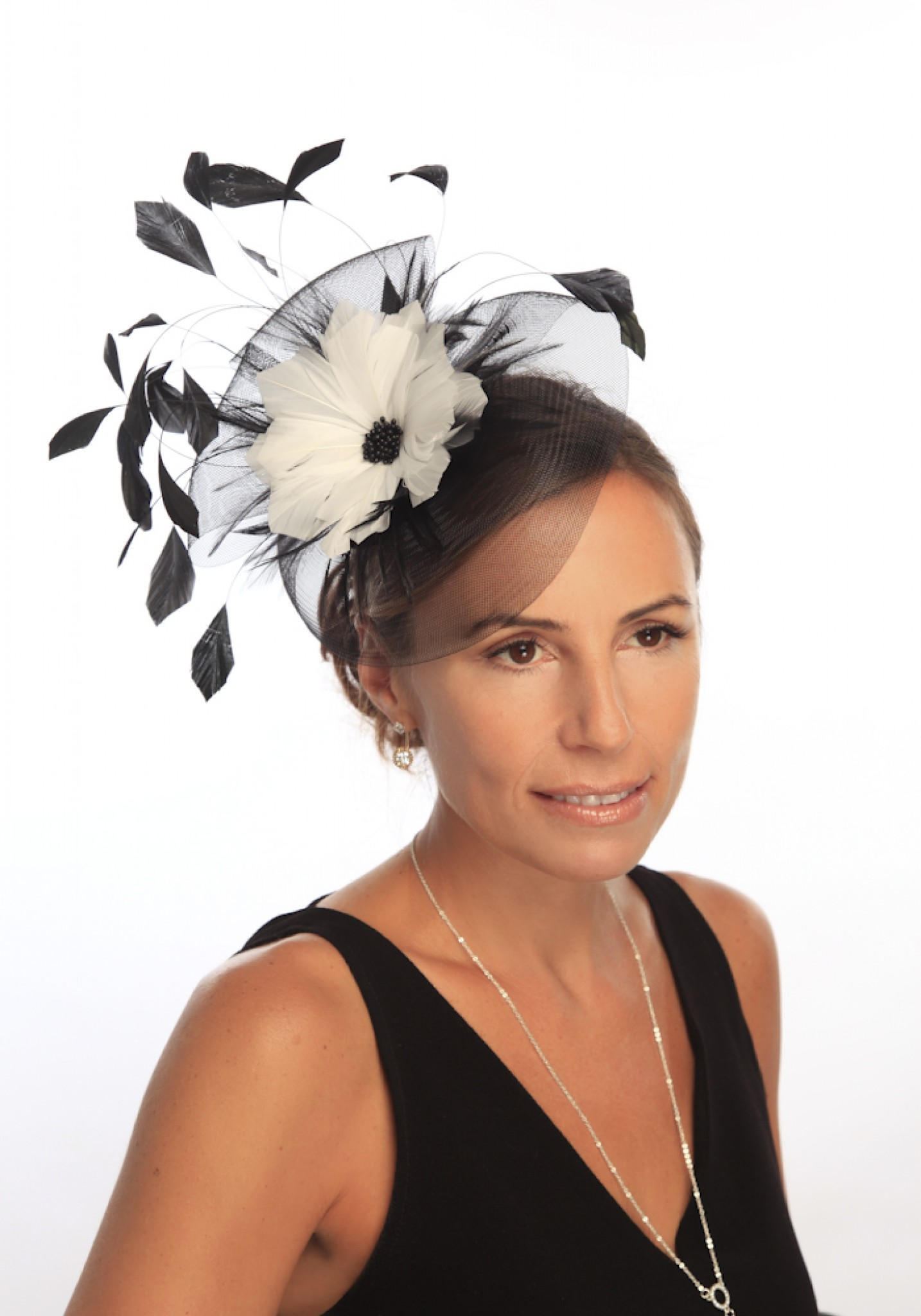 Snoxell Gwyther - Fascinator (Black white) - Fascinators  7a9b19c5dc3