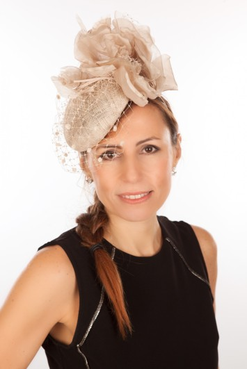 Snoxell Gwyther - Fascinator (Champagne) - Fascinators  fcfb5b8a9cf